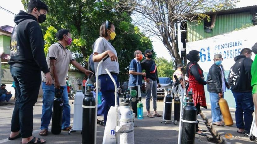 Indonesia reports record daily increase in COVID-19 infections, orders oxygen supplies