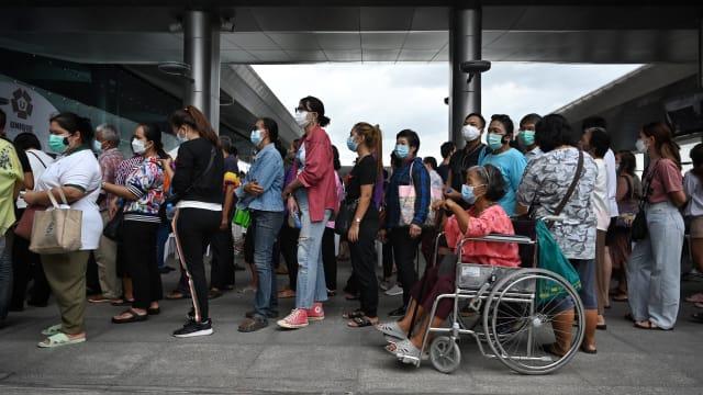 再创新高!泰国新增1万4575起病例