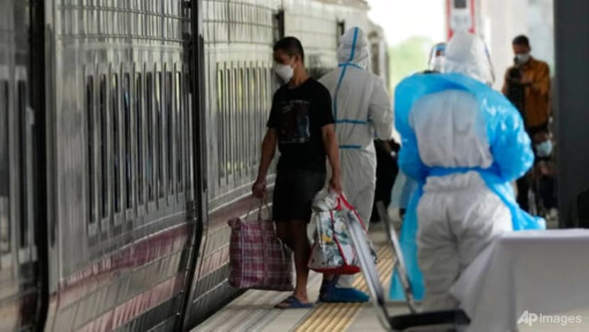 Thailand sends COVID-19 patients to hometowns by train
