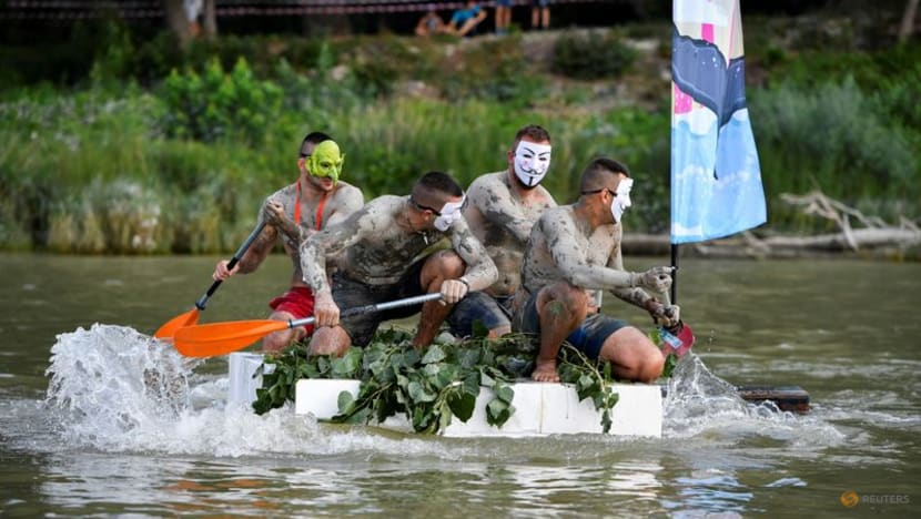 Barrels and bike parts recycled for Danube river race