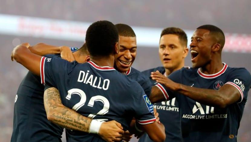 Soccer-Messi watches on as PSG make hard work of beating Strasbourg