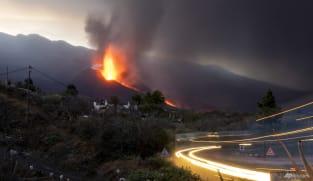 La Palma island braces for more earthquakes as volcano roars on
