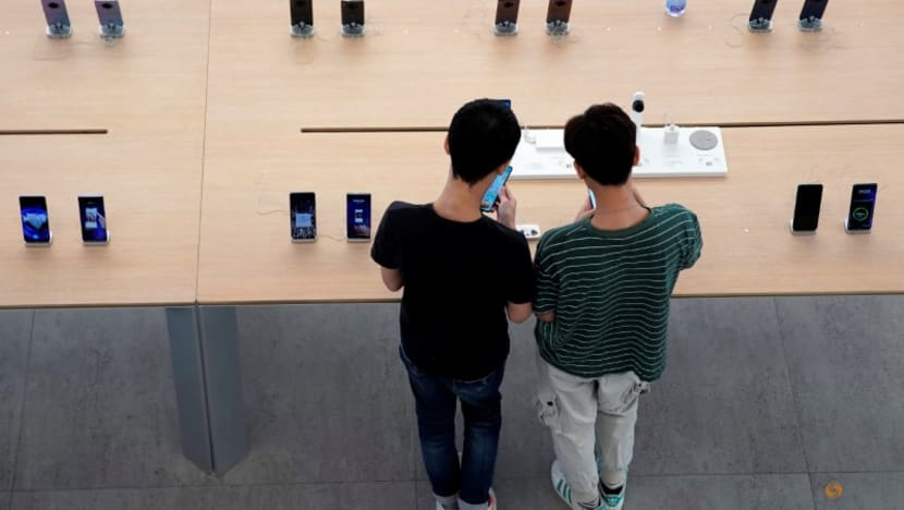 Smartphone shipments in China in July jump 30.6per cent - CAICT