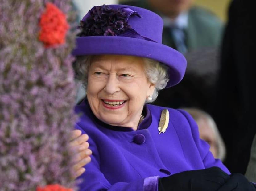 Australian girl loses her toy monkey – and Queen Elizabeth returns it