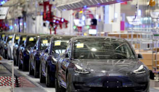US agency asks Tesla about changes to driver assistance system