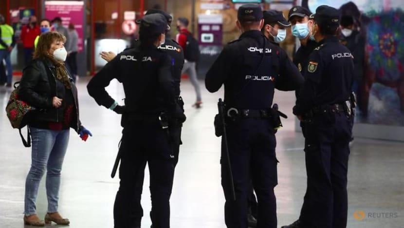 Business as usual? Scant enforcement of Madrid's new COVID-19 lockdown