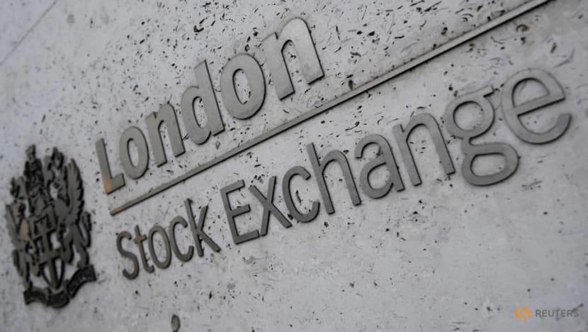 European stocks rise on optimism for trade talks, shutdown deal