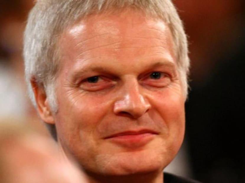 Movie producer, financier and wealthy heir Steve Bing dies at age 55