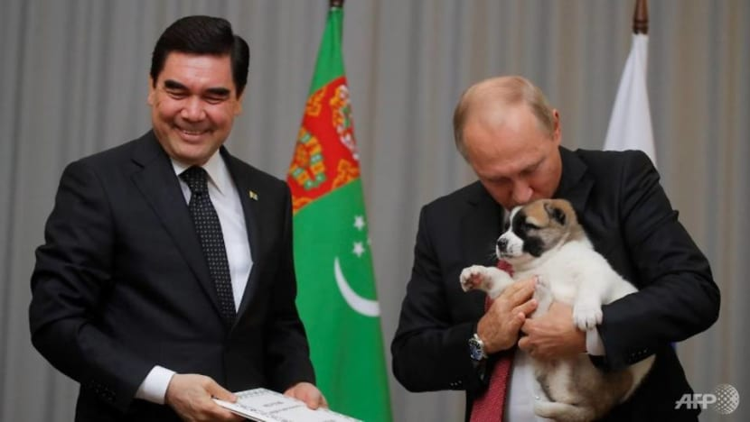 Turkmen leader recognises dog breed with state holiday
