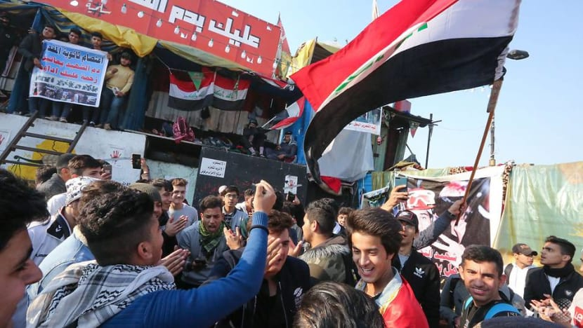 Thousands protest in Iraq as deadline for new PM looms
