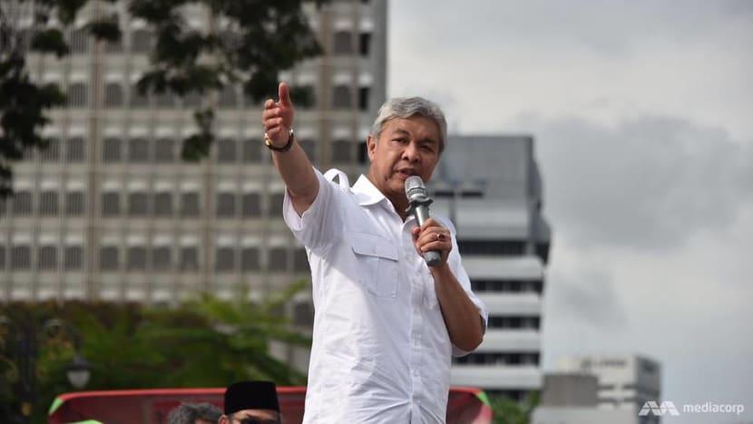 UMNO, PAS leaders pledge unity at KL white shirts rally