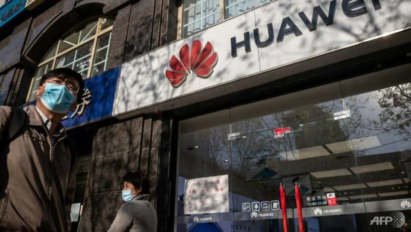Commentary: Trump's strategy on Huawei and China is disastrous