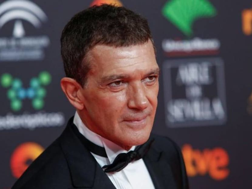Spanish actor Antonio Banderas says he has COVID-19, feels 'relatively well'