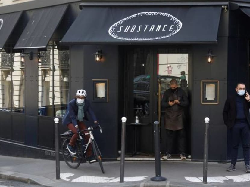 Eating like the English? French curfew puts early dinner on menu