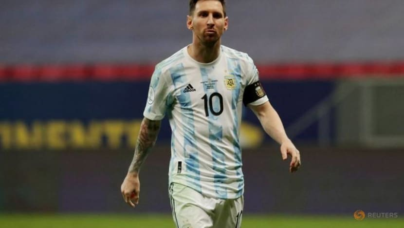 Soccer-Messi seeks international title as Argentina fans ask: If not now, when?