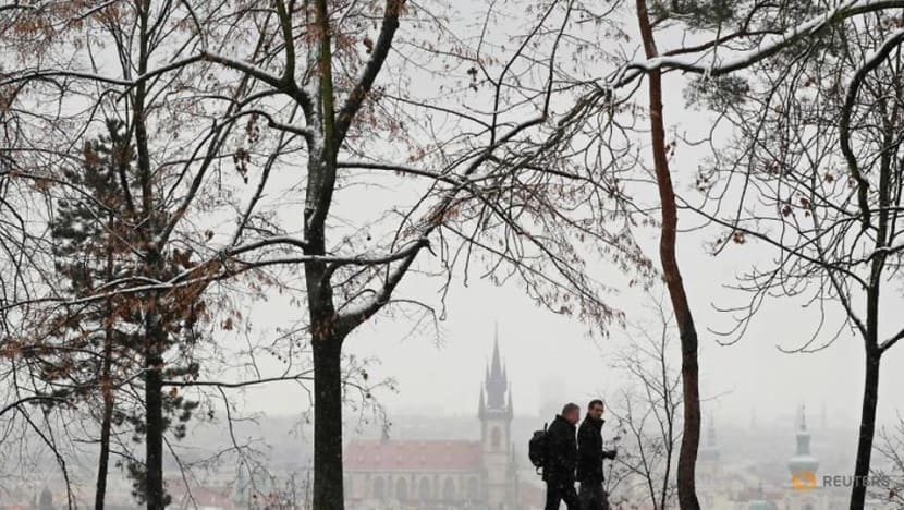 Zoom lunch? Walk in the park? Europe's recruiters adapt to Covid