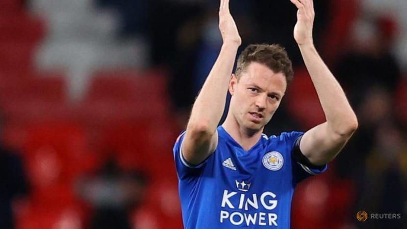 Soccer-Leicester suffer blow in defence with Evans out of Chelsea match