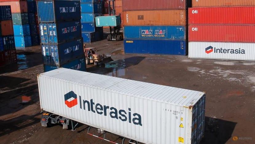 Malaysia's Julyexports rise 5per cent, below forecast