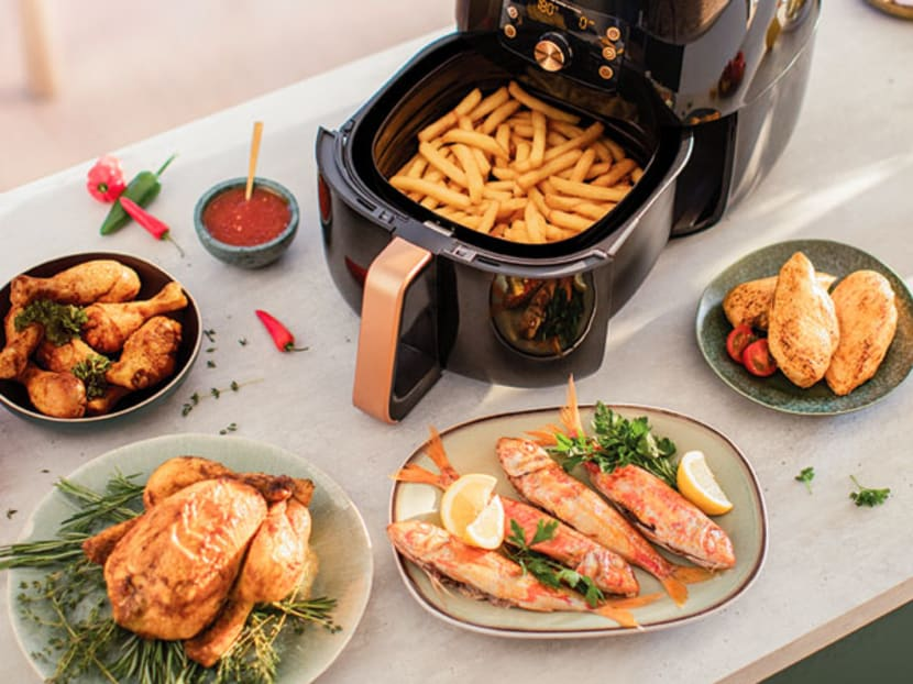 Staying home and cooking more? The Philips Airfryer XXL with Smart Sensing technology helps you up your chef game.