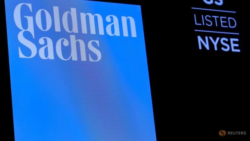 Goldman Sachs analysts complain of long hours, unrealistic deadlines