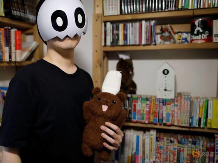 For manga's striving artists, success lurks online