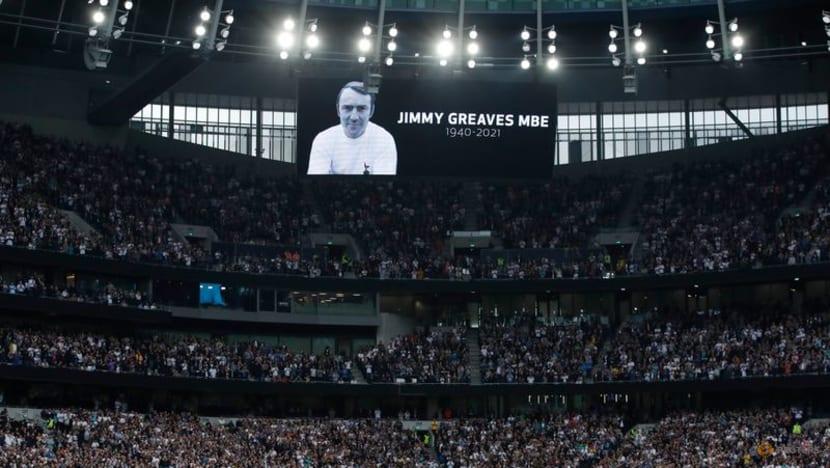 Football: Chelsea thrash Spurs as Greaves death overshadows action