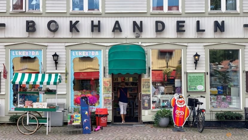 Pandemic and staycationing lift Swedish book sales to record levels