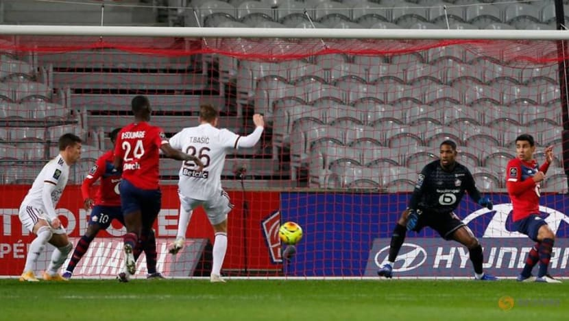Football: Lille go top in Ligue 1 with Bordeaux win