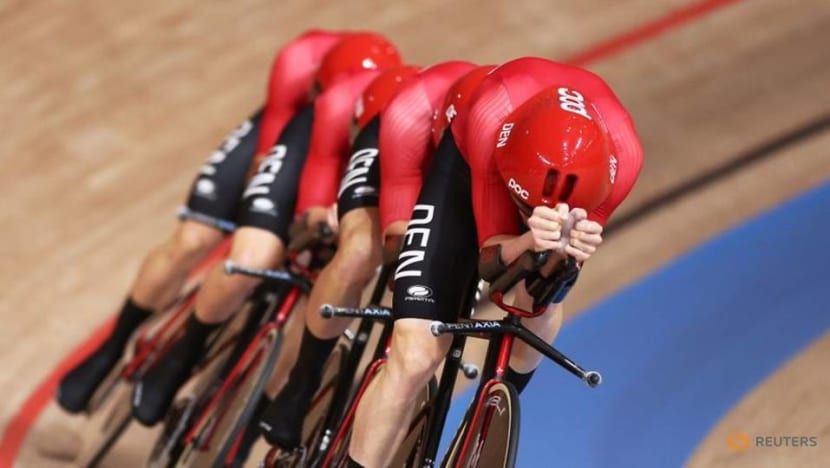 Olympics-Cycling-Denmark end British reign in men's team pursuit