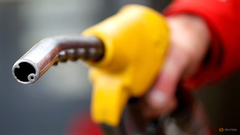 Oil up 2per cent on brighter demand outlook and Mexican outage