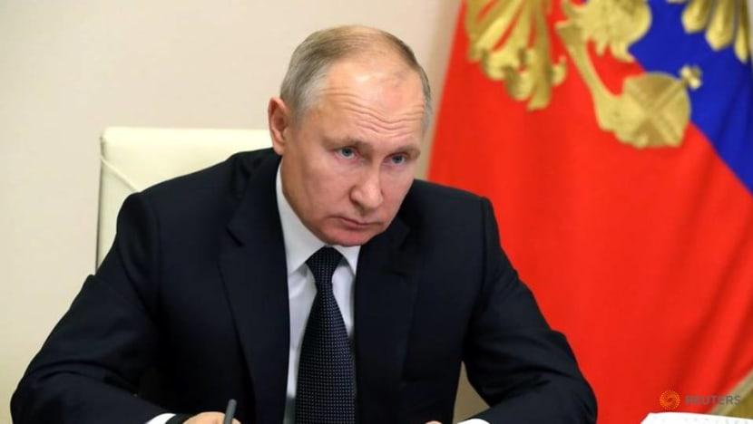 Putin decides to receive COVID-19 vaccine: Kremlin