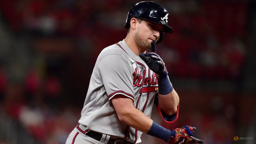 MLB roundup: Braves use 6-run 8th to sweep Cards