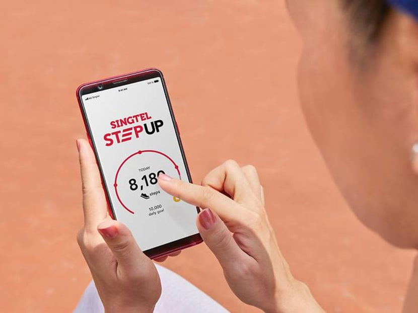 Want free local data? Singtel and AIA partner up for you to walk for it