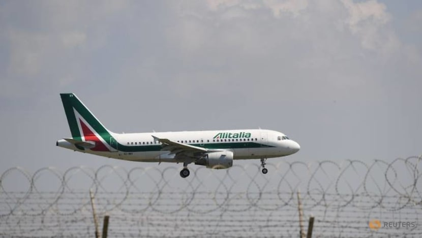 Alitalia to run COVID-tested flights from Rome to New York from Dec. 8