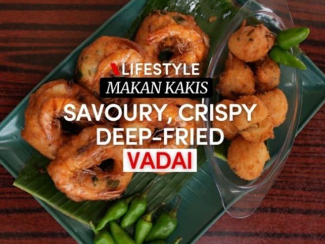 Makan Kakis: Crispy, fluffy vadai that's a pasar malam favourite | CNA Lifestyle