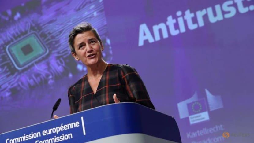 Online giants will have to open ad archives to EU antitrust regulators