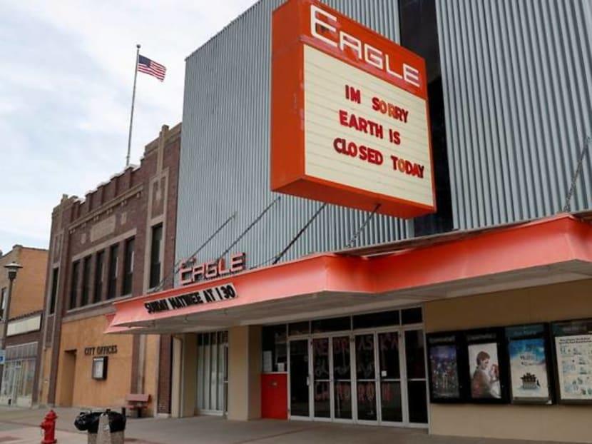Beyond Oscars glitz, movie theaters face uncertain future