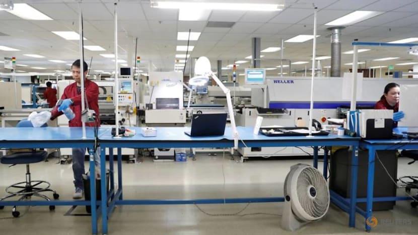 US third-quarter productivity pared; unit labour costs revised up