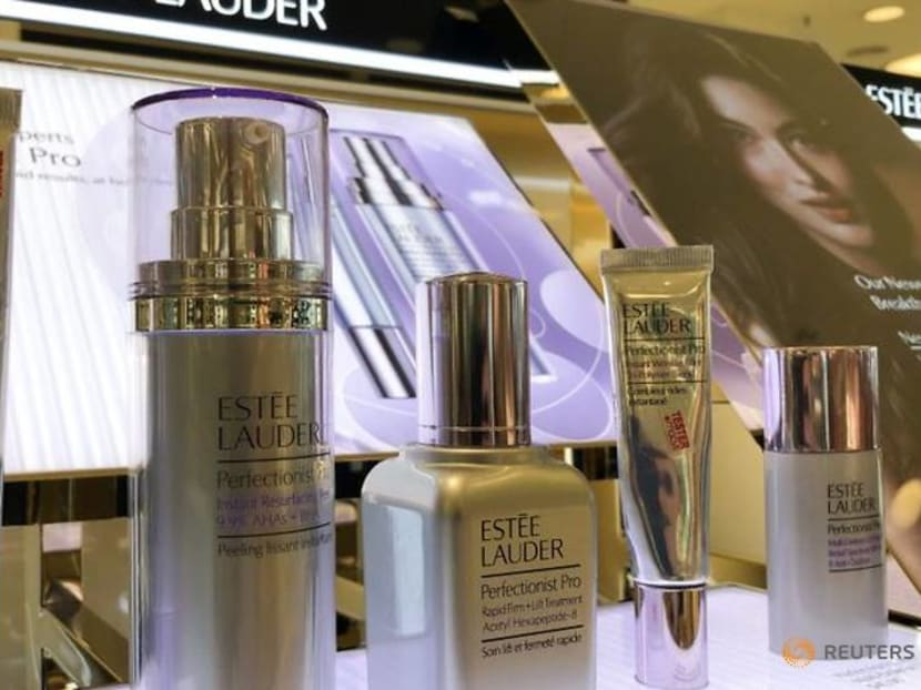 Estee Lauder forecasts profit below expectations, to cut up to 2,000 jobs