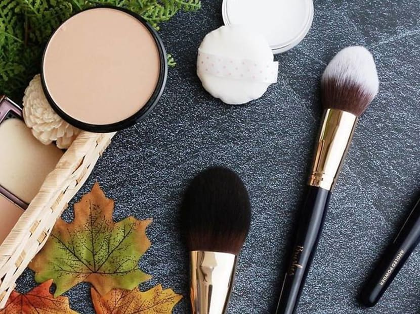 Acne and fungal infections: When was the last time you cleaned your makeup kit?
