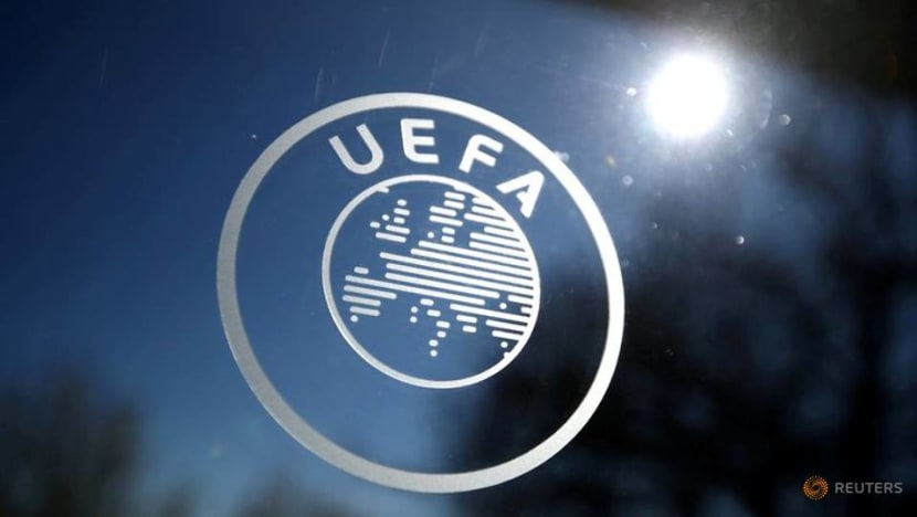 Soccer-Hungary to play games without fans for discriminatory fan behaviour - UEFA