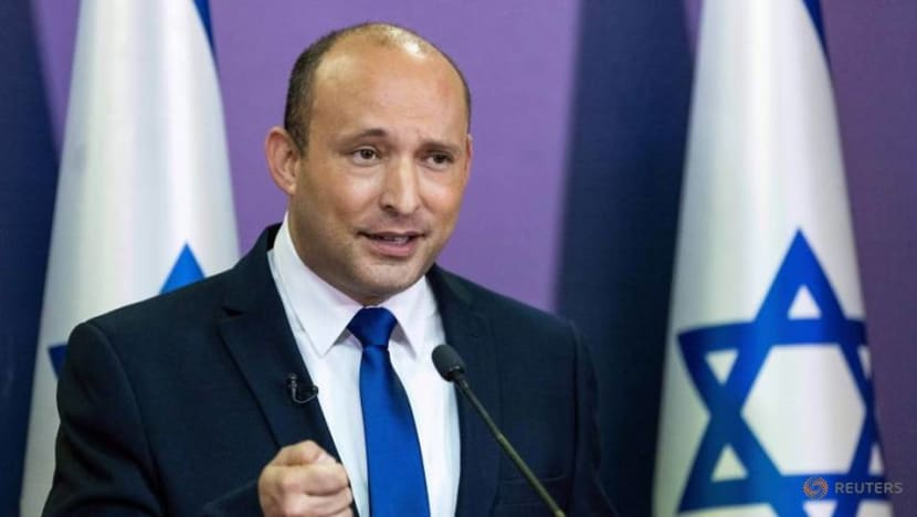 Palestinians see little difference in old and new Israeli leaders