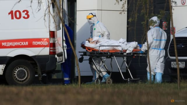 Russia's daily COVID-19 death toll at record high as vaccination programme stalls
