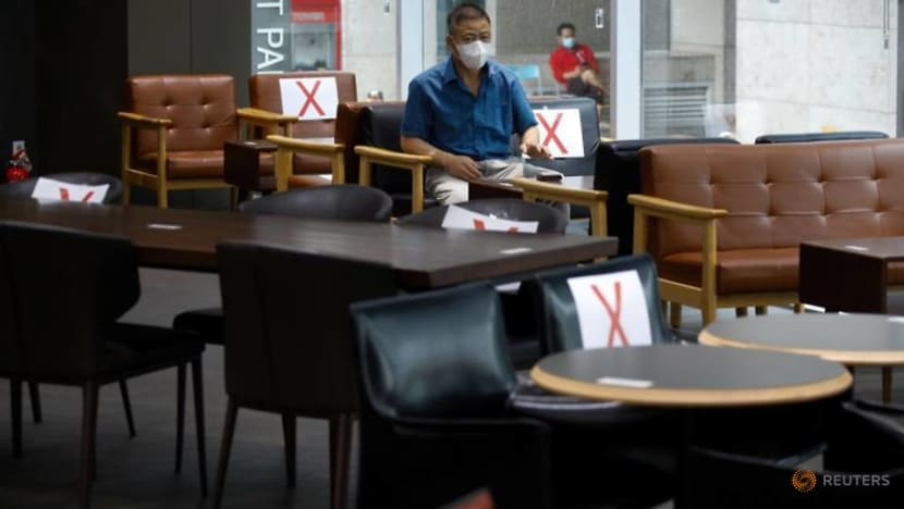 South Korea marks 17th day of triple-digit COVID-19 cases with dining curbs