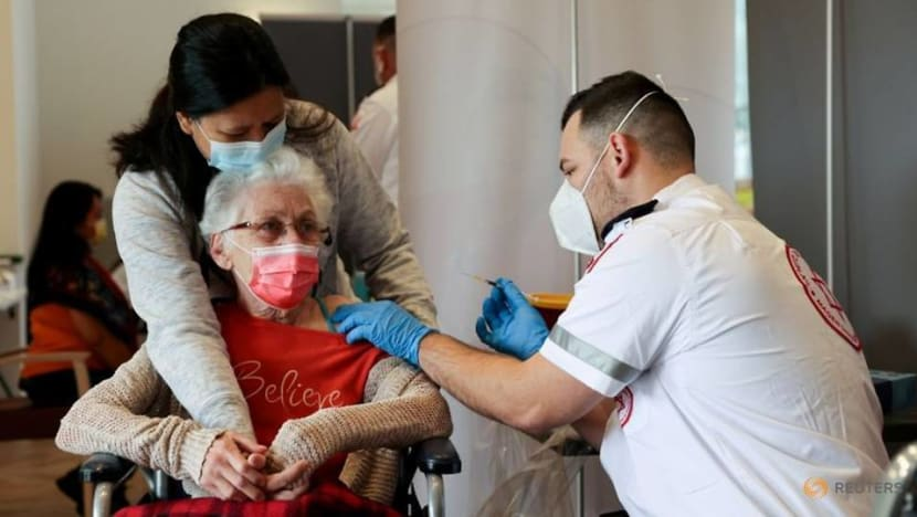 US CDC raises concern about Israel over COVID-19 cases
