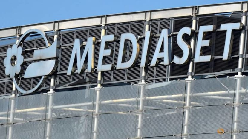 Mediaset investors agree to move company legal base to the Netherlands