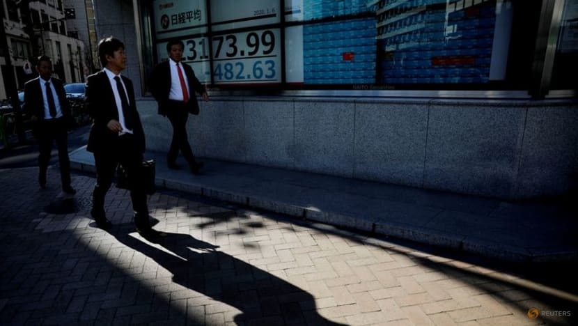 Asian shares at 1-month low, default fears stalk China Evergrande