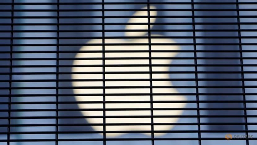 Apple places manufacturing partner Pegatron on probation: Bloomberg reporter
