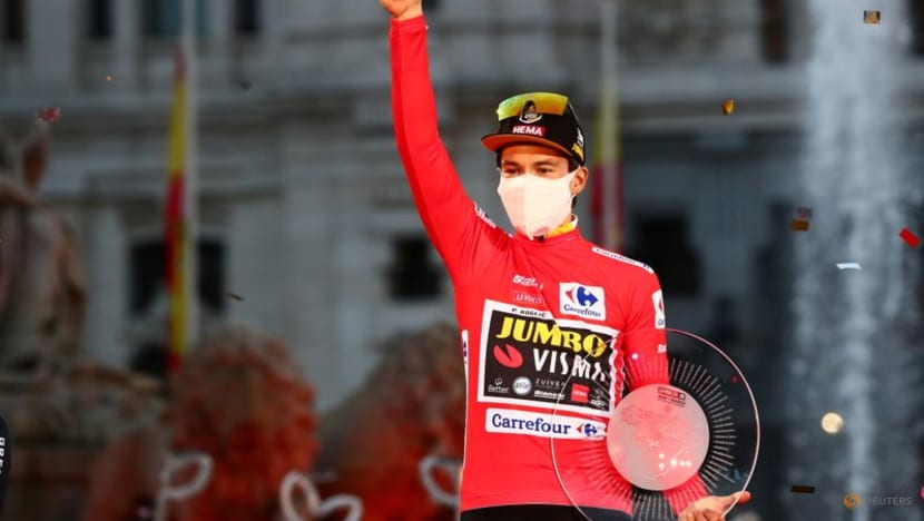Cycling-Roglic wins time trial to take early Vuelta lead