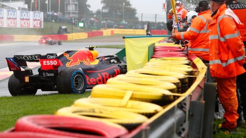 Formula 1: Rain forces suspension of Belgian Grand Prix start